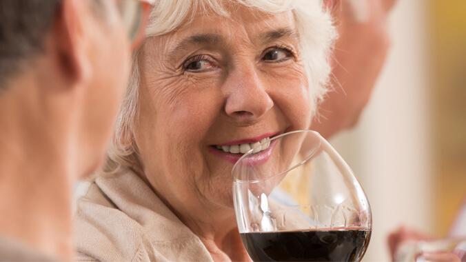 Alcoolismo na terceira idade: um problema real | Suprevida